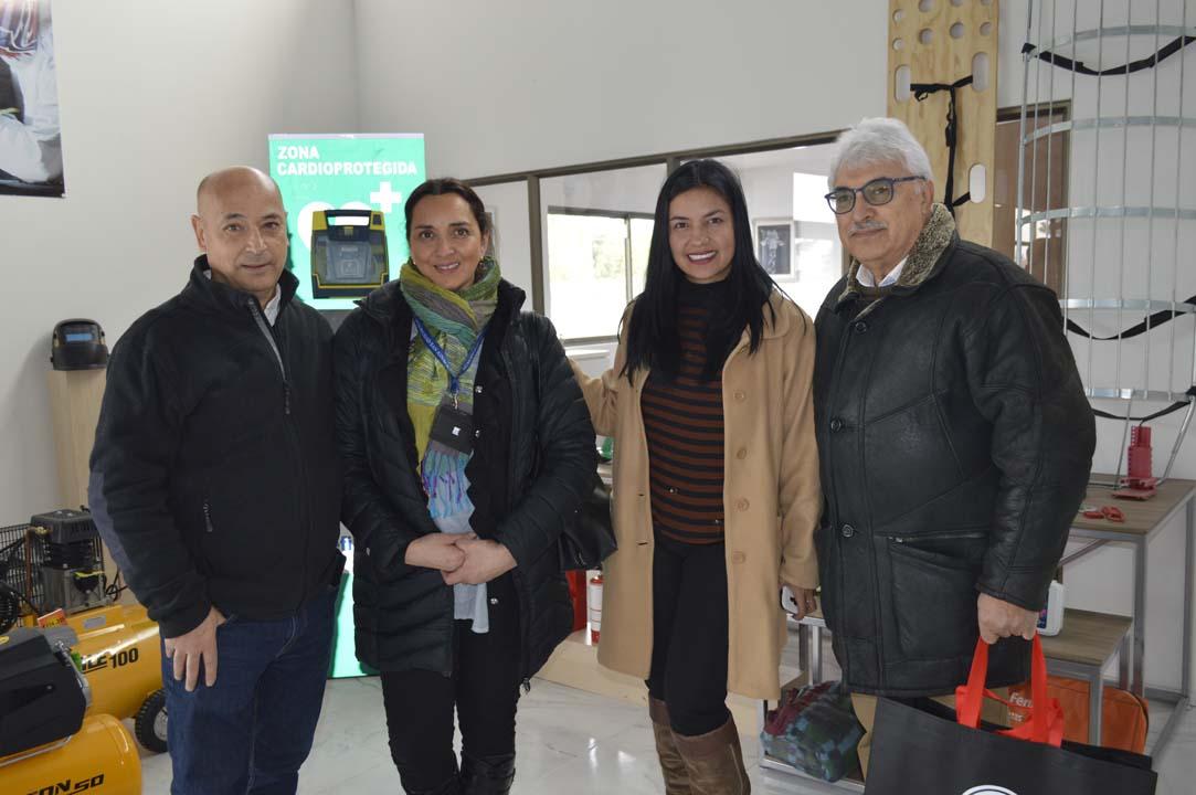 Mauricio Colombara (Vicsa), Paola Lavín (Municipalidad San Ignacio), Vilma Patiño (Vicsa) y Jorge Arias (Universidad Adventista de Chile)