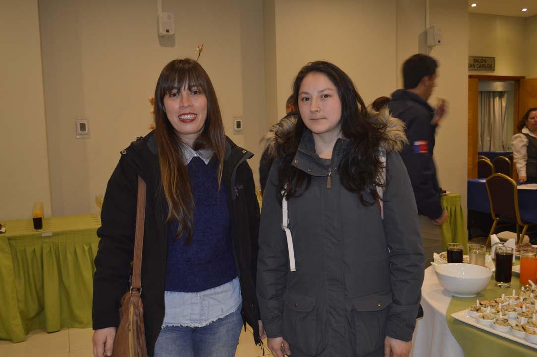 María Paz Espinoza y Gisela Troncoso