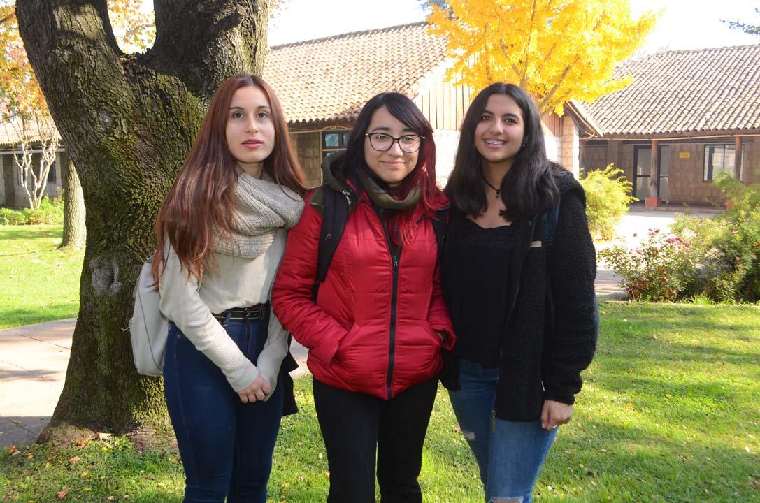 Camila Campi, Bárbara Bastías y Daniela Bael