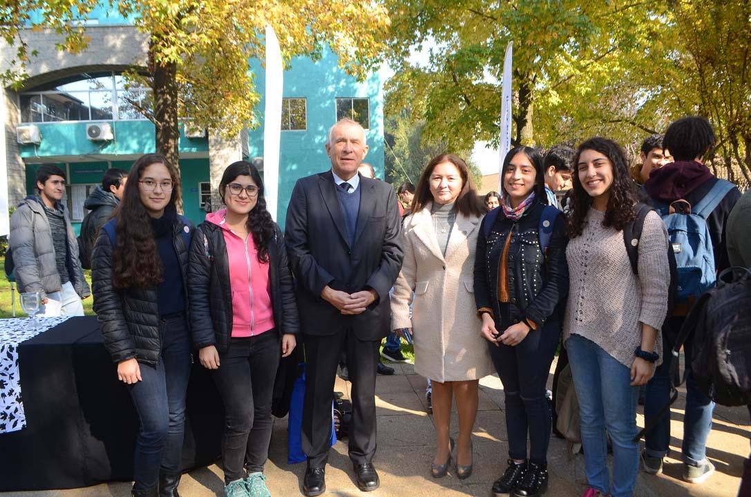 Camila Ignacia Aracena, Camila Bascuñán, Jorge Yutronic, Angélica Urrutia, Tiare Fuentes y Catalina Fuentes Verdejo