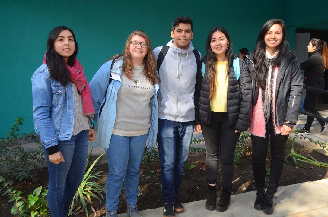 Catherine Gutiérrez, Bárbara Montecinos, Claudio Cerda, Mary Luz Ramírez y Patricia Arellano