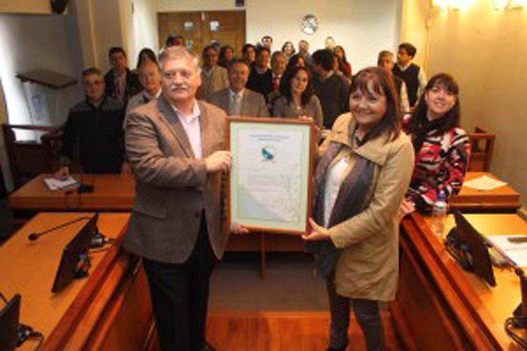 Myriam Quezada y Alcalde Esteban Krause