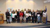Becados, autoridades del Campus Los Ángeles y Rotary Club Santa María
