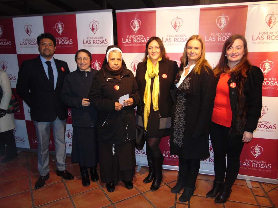 Guido Torres, Hna. Nieves, Hna. Elba, Tatiana Riveros, Paula Val y Carolina Flores