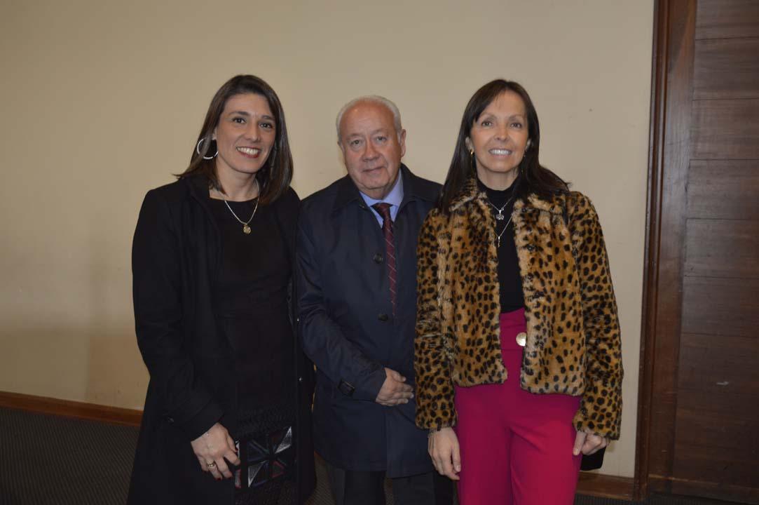 Jacqueline Goldschmidt (Jefa Comercial Sucursal Concepción), Renato Valderrama y Silvia Rodríguez