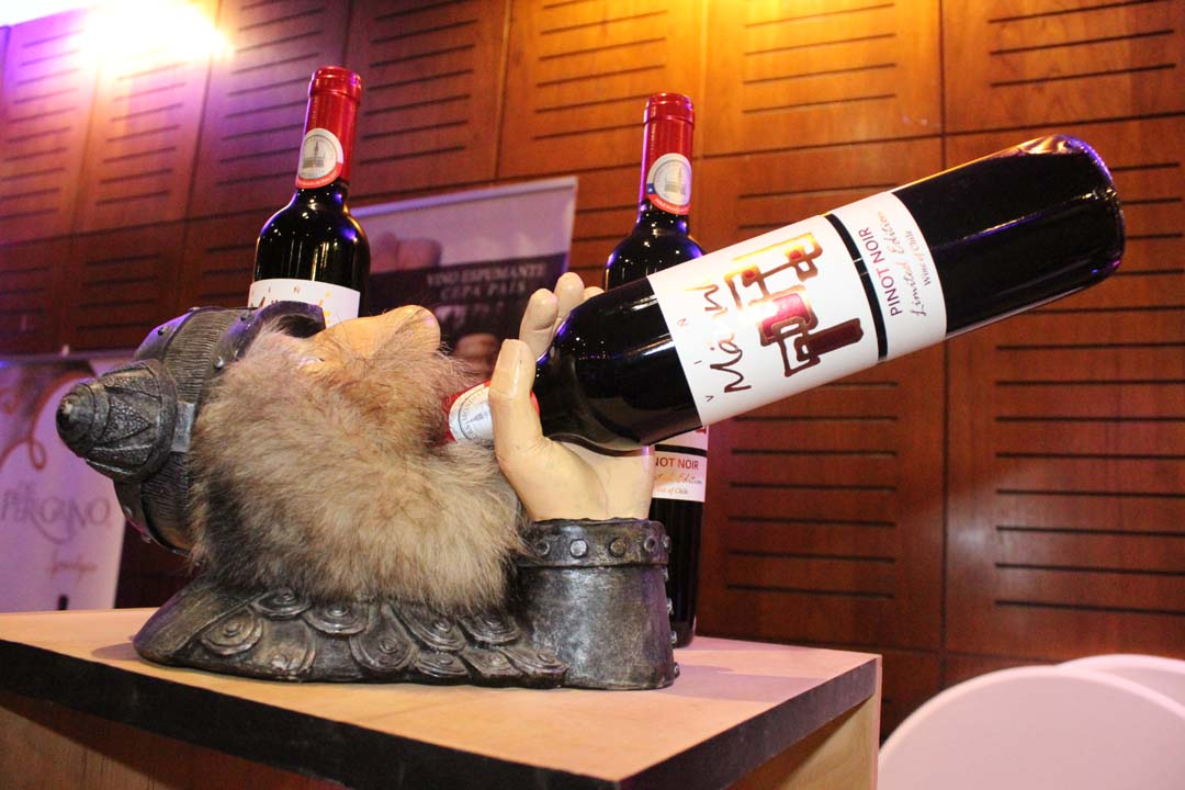 Realizan primera versión de la Feria del Vino en Los Ángeles
