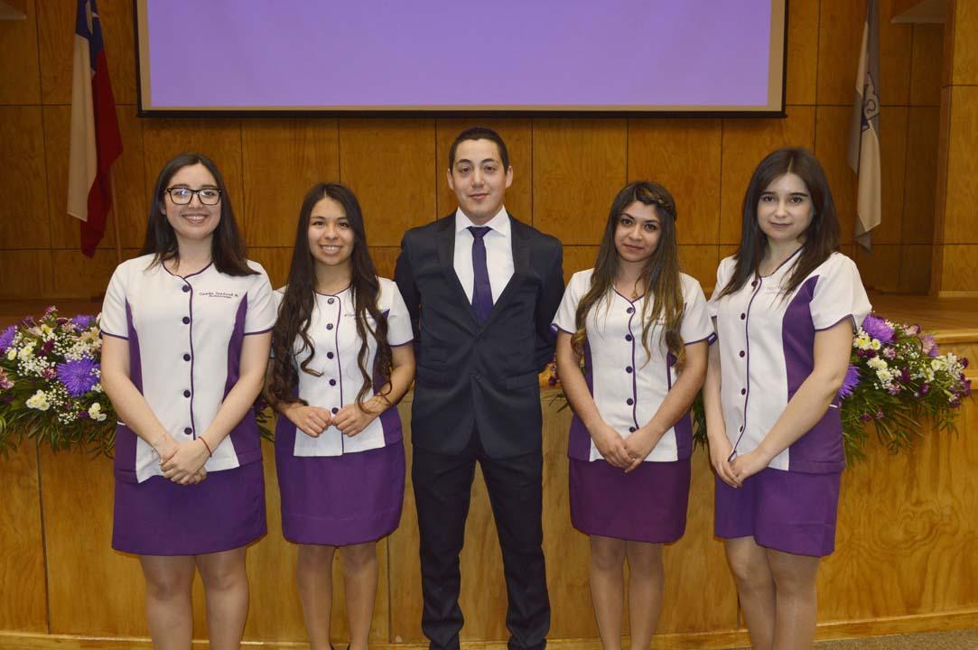 Camila Sandoval, Abigail Hinojosa, Luis Contreras, Berenice Antivil y Elsa Muñoz