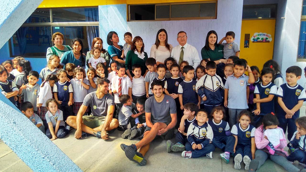 Clínica deportiva realizada en la Escuela 1 de Linares