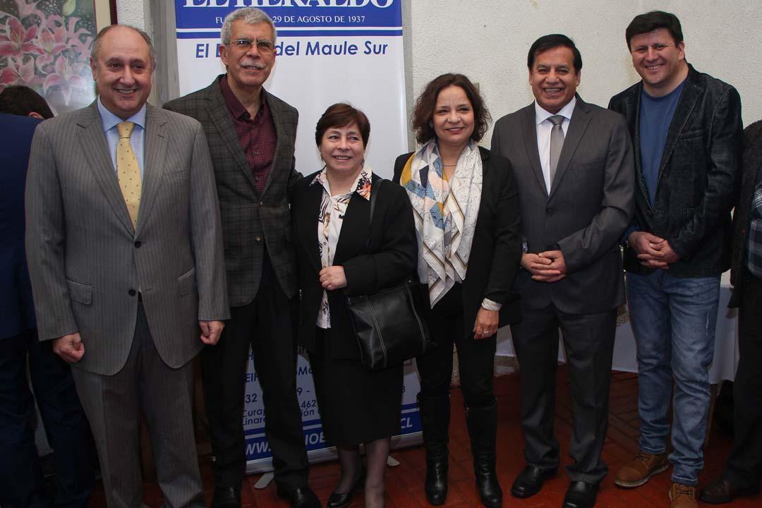 Yamil Najle, Raúl Espinoza, María San Martín, Cecilia Rojas, Miguel Ángel Venegas y Gerardo Domínguez