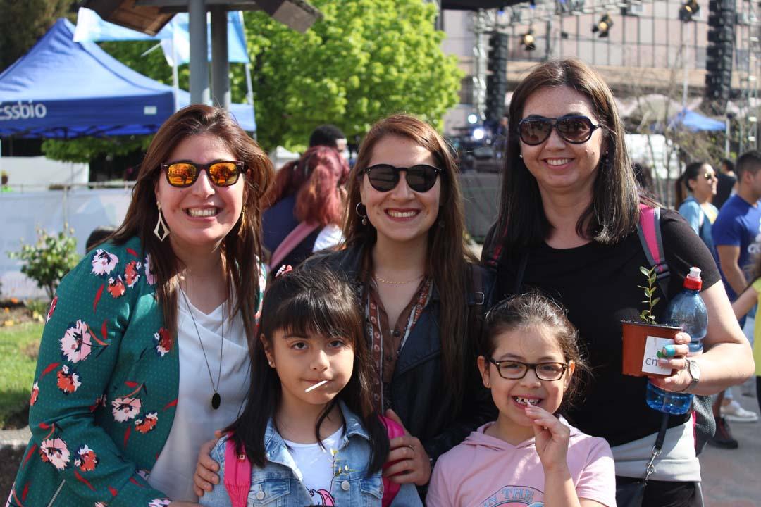 Nathalie Vega, Consuelo Rivera, María Vega, Adriana Boada y Tamara Fuentealba