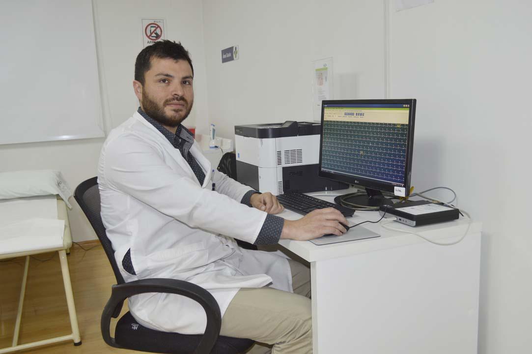 Dr. Max Besser, Director Técnico Unidad Cardiología.