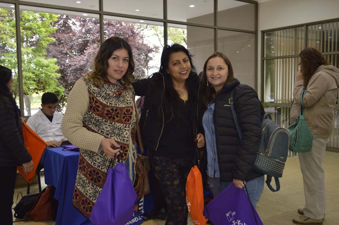 Mariela Faúndez, Paola Lepe y Yasna Ortega