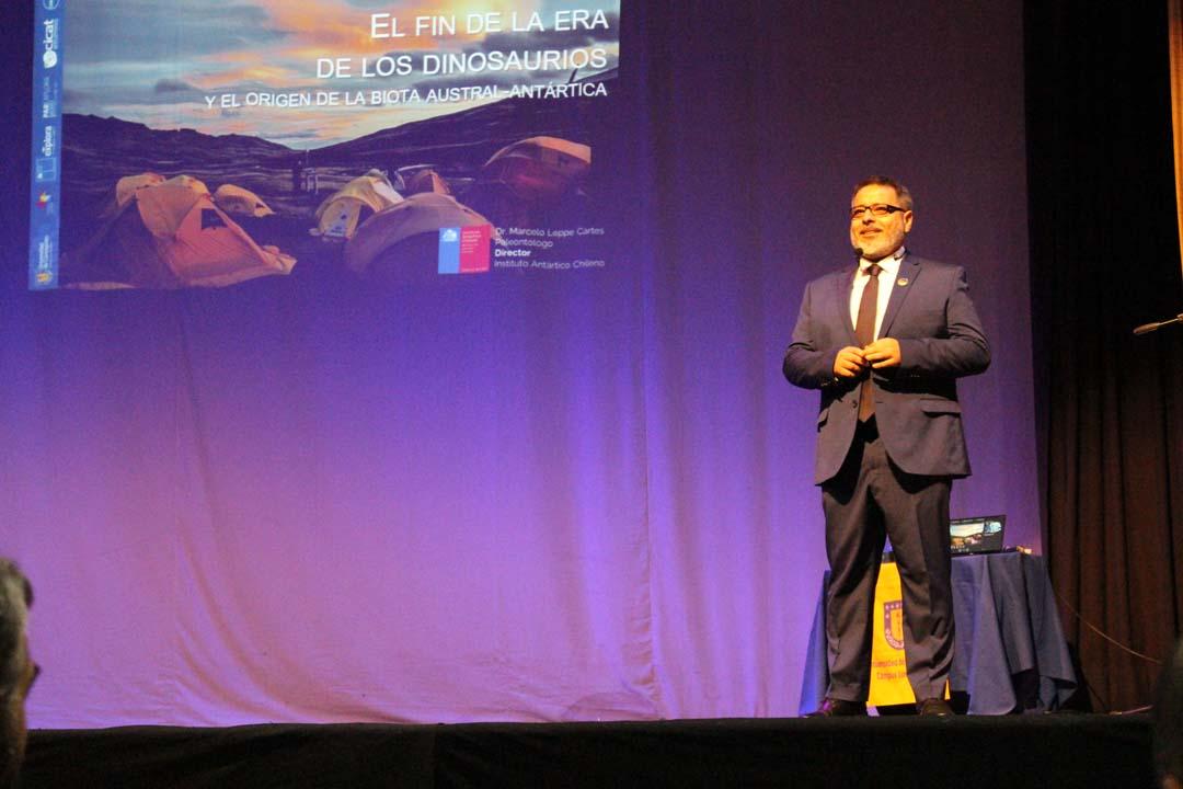 Campus Los Ángeles de la UdeC realizó masiva charla científica