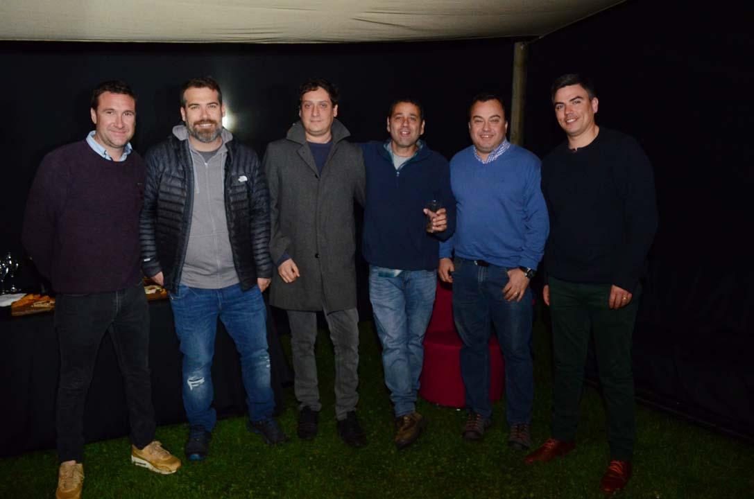 Hernán Eguiluz, Tomás Guerra, Luis Reyes, Jaime Parot, Claudio Soto y Exequiel Camus