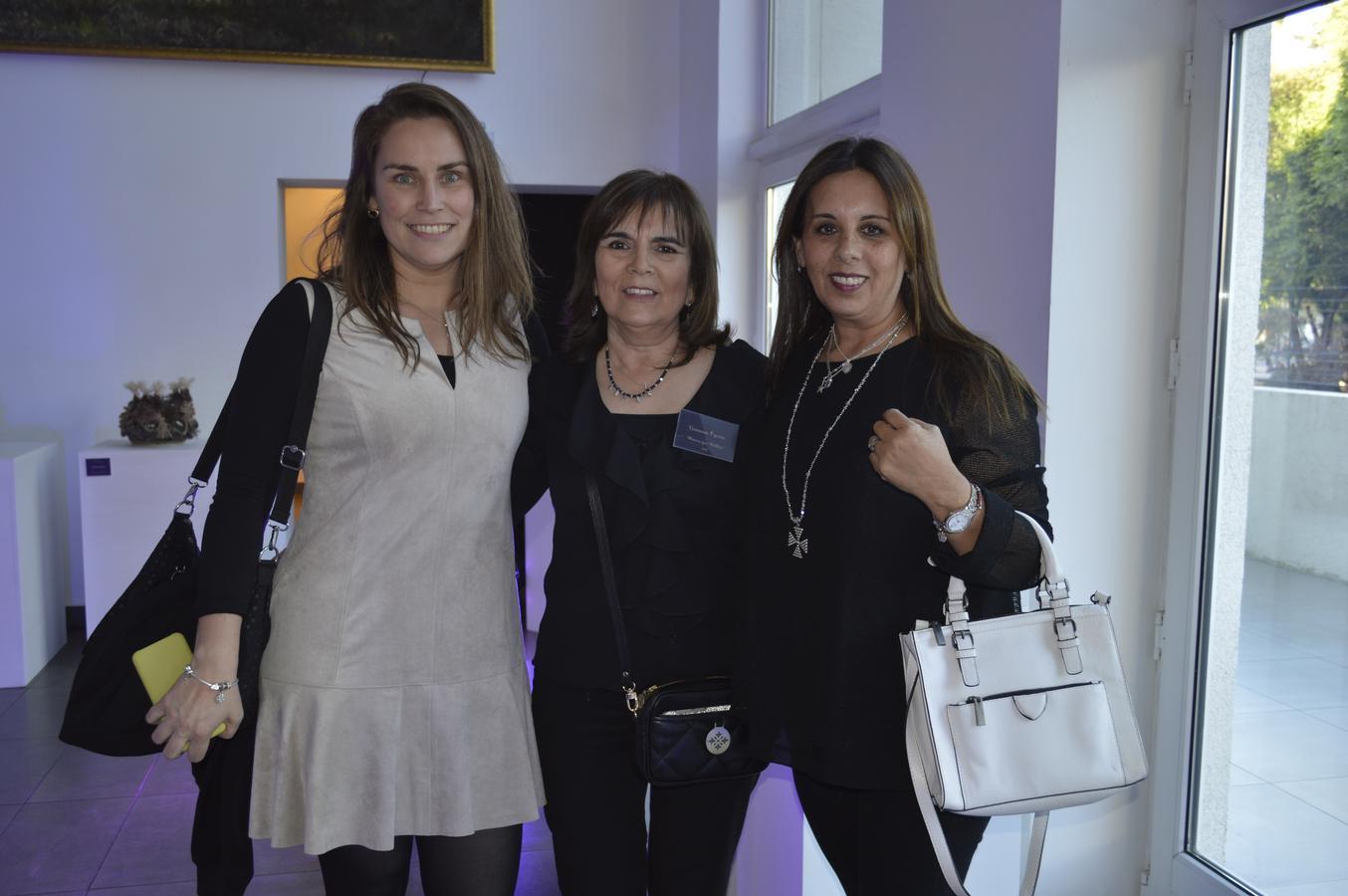 María Paz Dueñas, Viviana Osorio y Alejandra Lagos